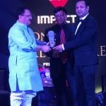 Dr Ravul got Award